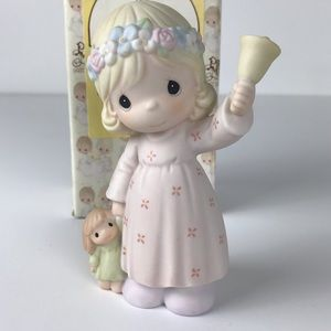 Precious Moments Ring out good news figurine